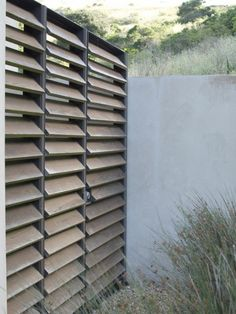 """Discover thousands of images about Louvred privacy screen. Modern and unique privacy screen. This would look great in our deck and pergola we're planning. Would suit out """"tropical bali"""" vision. Back yard ideas. Privacy Screen Outdoor, Backyard Privacy, Privacy Fences, Backyard Fences, Backyard Landscaping, Privacy Screens, Backyard Canopy, Window Privacy Screen, Patio Decks"""