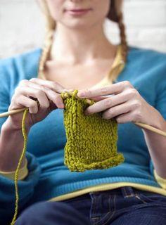 knitting socks, bucket list, crochet learn, crochet vs knitting, knit scarves, crafti idea, hand warmer, knitting hands, origami heel