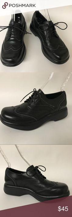 "DANSKO Black Leather Wingtip Lace Up Shoes Sz 9.5 Lace-up wingtip clogs by Dansko. Women's size 40 / US 9.5.   Measurements  Heel height: 2"" Platform height: 1.25""   Very good, gently worn condition with light wear.   Material: Leather  Made in Morocco. Dansko Shoes Mules & Clogs"
