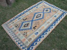 Prachtige Kilim tapijt Vintage Kilim Anatolië Kilim zachte kleuren Kilim