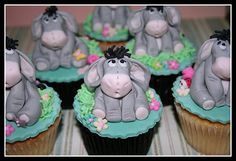 Eeyore cupcakes....Jenn my birthday is not too far away...hint hint,,,lol