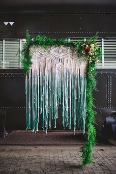 bohemian wedding decor - photo by Izzy Hudgins Photography http://ruffledblog.com/bohemian-georgia-state-railroad-museum-wedding