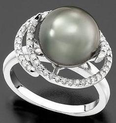 grey/green pearl ring