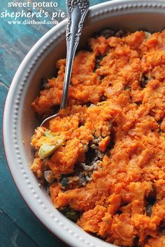 Sweet Potato Shepherd's Pie | www.diethood.com | Your Thanksgiving menu needs this amazing Shepherd's Pie Recipe with layers of meat and vegetables, and a delicious mashed sweet potato topping. | #Thanksgiving #pie #sweetpotato