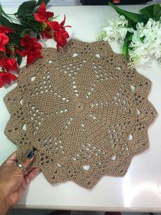 Crochet Placemats, Doilies, Coasters, Christmas Tree, Holiday Decor, Crochet Round, Crochet Hand Purse, Crochet Doilies, Needlepoint