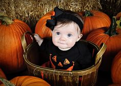Fall Picture ~ Pumpkins ~ Baby Girl ~ Halloween ~ Creative Images Photography ~ Meridian, Mississippi