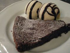 Very good chocolate cake ; Best Chocolate Cake, Cakes, Desserts, Recipes, Food, Blogging, Tailgate Desserts, Deserts, Cake Makers
