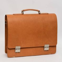 We are manufacture of customized Leather products hand bag File Folder Formal Shoes Pillow Covers # Leather Boxing Gloves Football Clothing, Football Outfits, Leather Products, Boxing Gloves, File Folder, Formal Shoes, Pillow Covers, Upholstery, Satchel