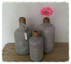 Betonlook kruiken ♡ ~ Bewerk vazen / potten / flessen met muurvuller voor een supergaaf resultaat! ~