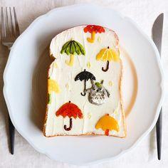 Totoro & umbrellas toast art by Nayoko *・☆・*. (@nayoko054)