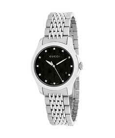 5415c16ddfb Gucci watches for men and women feature the bold