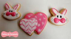 Galletas decoradas: conejo y corazón