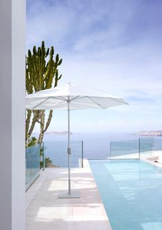 """Walter Van Gastel - Jardinico Parasol """"Riviera"""""""