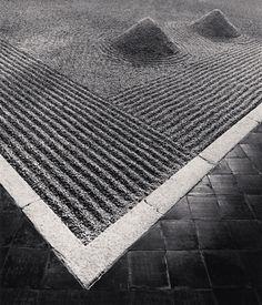 "Michael Kenna, ""Sand Garden, Daisen-in Temple, Kyoto, Japan,"" 2001  (From yama-bato & lushlight)"