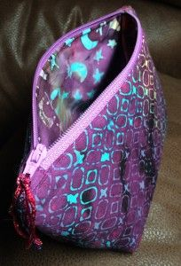 Jedi Craft Girl blog - small zippered bag tutorial