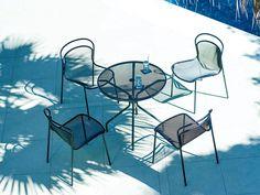 emu CAMBI ROUND TABLE M / エミュー カンビ ラウンドテーブル M - インテリア・家具通販【FLYMEe】 Terrace, Chair, Furniture, Home Decor, Balcony, Decoration Home, Patio, Room Decor, Home Furnishings