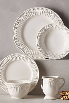Ceres Dinner Plate by Anthropologie in White, Dinnerware White Dinnerware, Dinnerware Sets, Farmhouse Dinnerware, Modern Dinnerware, Vintage Dinnerware, Vase Deco, Anthropologie Home, White Dishes, Kitchen Collection