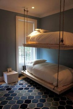 suspended bunk beds hanging by room for shared teen room. (Oooh, combined with the boat hanging bed idea. Bedroom Furniture Design, Space Saving Bedroom, Bed Design, Diy Bunk Bed, Awesome Bedrooms, Bedroom Interior, Kids Bedroom Furniture Design, Loft Spaces, Bunk Bed Designs
