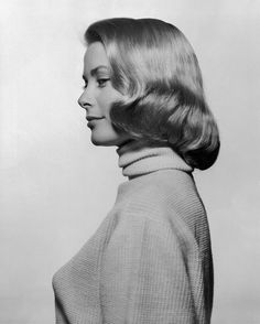 Grace Kelly's portrait for the cover of Life Magazine Photographed by Philippe Halsman