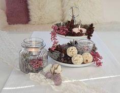 """Auf """"Schön bei Dir"""" zeigen wir Euch, wie Ihr eine Etagere hübsch dekorieren könnt. Eine Etagere ist perfekt für Cupcakes, Keske oder schöne Dekorationselemente."""