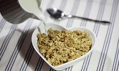 Jack Monroe's peanut butter honeygranola recipe peanuts, breakfast recip, granola recipes, honey granola, butter honey, jack monro, peanut butter, cereal, butter granola