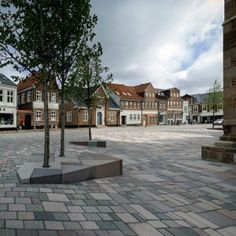 Ribe Cathedral Square by Schonherr Landscape Architecture Landscape Architecture Works   Landezine - See more at: http://www.landezine.com/index.php/2014/02/ribe-cathedral-square-schonherr-landscape-architecture/#sthash.q1I4ABuo.dpuf © Jens Markus Lindhe