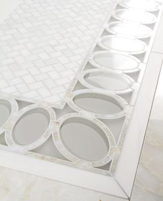 Opal border - Water jet by Mosaique Surface