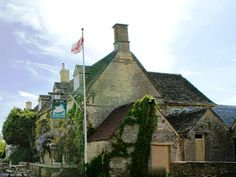 Burford The Swan Inn United Kingdom, Europe The Swan Inn is conveniently located in the popular Burford area. The hotel offers a wide range of amenities and perks to ensure you have a great time. Take advantage of the hotel's Wi-Fi in public areas, car park, restaurant, bar. Guestrooms are fitted with all the amenities you need for a good night's sleep. In some of the rooms, guests can find internet access – wireless (complimentary), non smoking rooms, desk, fan, television. A...