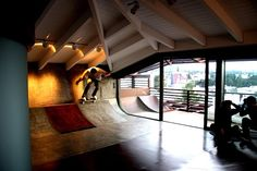 Skateboarding in the Living Room: The RampHouse Project (7 Pictures Clip)