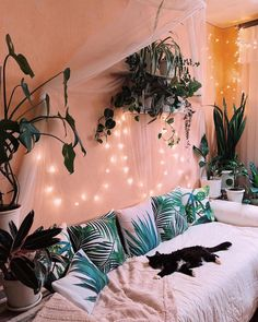 48 cozy dorm room decoration ideas with special look 2 Cute Bedroom Decor, Cute Bedroom Ideas, Room Ideas Bedroom, Comfy Room Ideas, Hippie Bedroom Decor, Hippie Bedrooms, Cool Room Decor, Hippie Home Decor, Design Bedroom