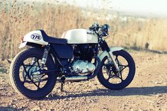 Suzuki GS450 Cafe Racer.  Simple & Beautiful
