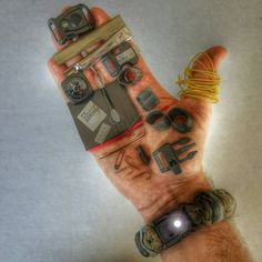The EDC Prepper: Paracord Bracelet Survival Kit Equipped with LED Light, fire…