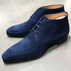 Handmade+Royal+Blue+Suede+Chukka+Lace+Up+Casual+Wear+Boot+For+Gentlemen +++++++++++++++++++++++Material: Boot+Upper+Suede+Use Boot+Lining+Soft+leather Boot+Sole+genuine+Leather Awesome+Looking+chukka+Design Heel+Genuine+leather+ All+hand+stitch Leather Chukka Boots, Suede Leather Shoes, Soft Leather, Chukka Shoes, High Ankle Boots, Shoe Boots, Dress With Boots, Dress Shoes, Dress Clothes