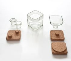 Handy: Each glass element is entirely handmade by upcycling liquor bottles and it can be easily disassembled. Handy is 100% recyclable. by Lucirmás