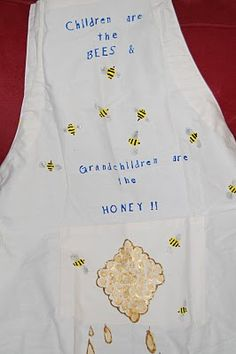 DIY Apron - A great gift for Father's Day or to give to a grandparent!
