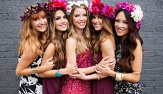 popular look for our photoshoots at we supply flower crowns henparty packages Galway , Ireland Friendship Photoshoot, Prom Couples, Group Photography, Bridal Photoshoot, Before Wedding, Best Friend Pictures, Team Bride, Prom Pictures, Photo Poses