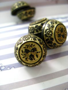 Flower Carving Metal Buttons , Gunmetal Yellow Color , Flat Cone Shaped , Shank , 0.59 inch , 10 pcs by Lyanwood, $6.00