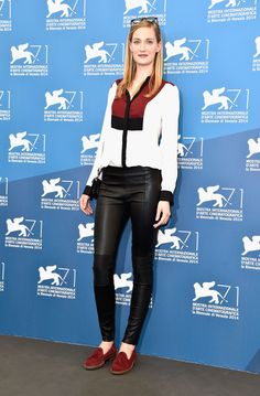 Venice, august 2014 The beautiful model and actress Eva Riccobono, icon of elegance and style, wore Tommy Hilfiger at the presentation of Obscene Life, directed by Renato De Maria, during the 2014 Venice Film Festival August 28 2014 Eva Riccobono has worn a white silk blouse, red and navy blue, a pair of trousers in…