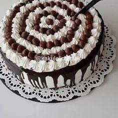 Delicious Cake Recipe - Mutfakgram - Emma Lee home Delicious Cake Recipes, Yummy Cakes, Yummy Food, Winter Desserts, Easy Desserts, Lemon Glaze Recipe, Cake Recept, Philadelphia Torte, Greek Lemon Chicken