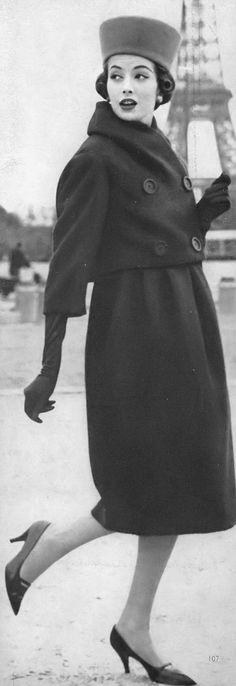 Gitta Schilling, photo by William Klein, Paris, Vogue, October 1, 1958 | flickr skorver1