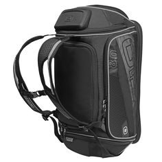 Grab your gear and go with the all-in-one 8.0 Athletic Bag. Designed with the working athlete in mind, this versatile bag can be carried like a duffel or strap it on your back for the ultimate endurance backpack.