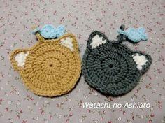 猫が好きなので、作ってみました。円に耳が生えただけでワクワクします♪ おまけにお魚のミニタワシも付けてみました。