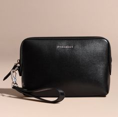 919d8822e2e2 BURBERRY London Leather Pouch (Black) Made in Italy Man Clutch