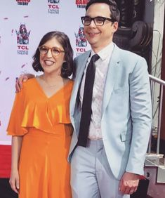 Sheldon Amy, Big Bang Theory Show, Simon Helberg, Mayim Bialik, Jim Parsons, A Star Is Born, Bigbang, Bangs, Tv Shows