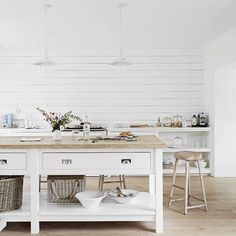 Pocket: How to make a white home liveable