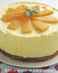» Tort cu mousse de pepene galben No Cook Desserts, Novelty Cakes, Something Sweet, Desert Recipes, Cake Recipes, Sweet Treats, Cheesecake, Food And Drink, Favorite Recipes