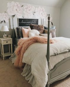 Peony Flower Wall Stickers add floral vintage fun to your wall! Just peel and stick our watercolor peonies to a wall in your nursery, kids room or home office. Dream Rooms, Dream Bedroom, Girls Bedroom, Master Bedroom, Bedrooms, Cozy Teen Bedroom, Bedroom Bed, My New Room, My Room