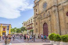 What to do in Cartagena 👉 Castillo de San Felipe, Getsemaní & Squares (Old Town Tour) Tour, Street View, Saints, Cartagena, Castles, Cities, Viajes, Places