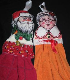 Advanced Embroidery Designs. Christmas Towel Toppers (Hangers).