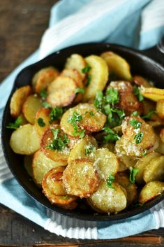 Vegetarian Recipes, Healthy Recipes, Healthy Food, Roasted Potatoes, Kung Pao Chicken, Potato Salad, Oven, Good Food, Food And Drink